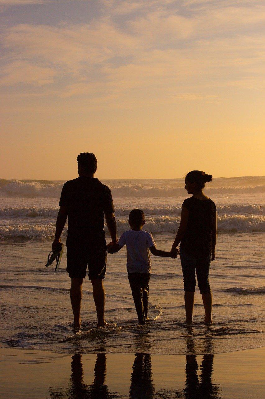 beach, family, silhouettes